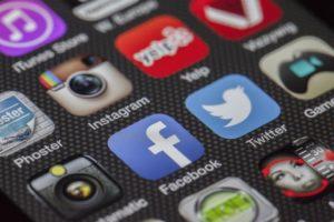 Sotsiaalmeedia logod telefonis