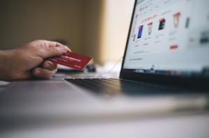 taasturundus, ostu sooritamine, ostu tegemine, krediitkaart, reklaam, e-pood, veebipood